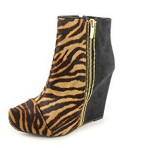 """""""Caminos"""" Wedged Bootie"""